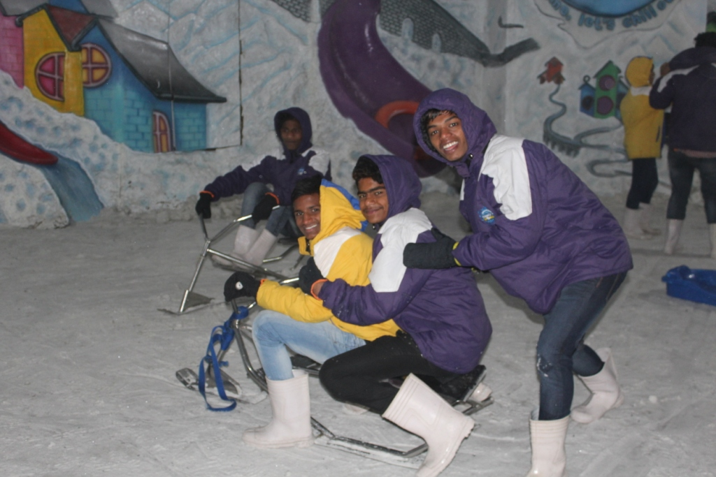 Class Trip-Boys at Snow world1